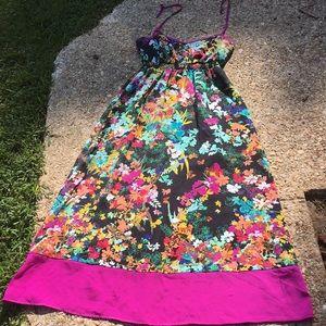 Nicole Miller Maxi dress amazing colors